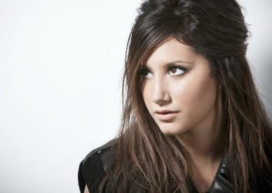 Ashley-Tisdale-10