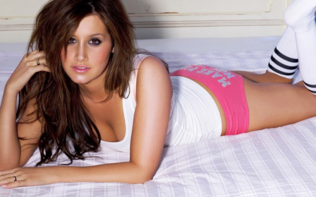Ashley-Tisdale-Sexy-06