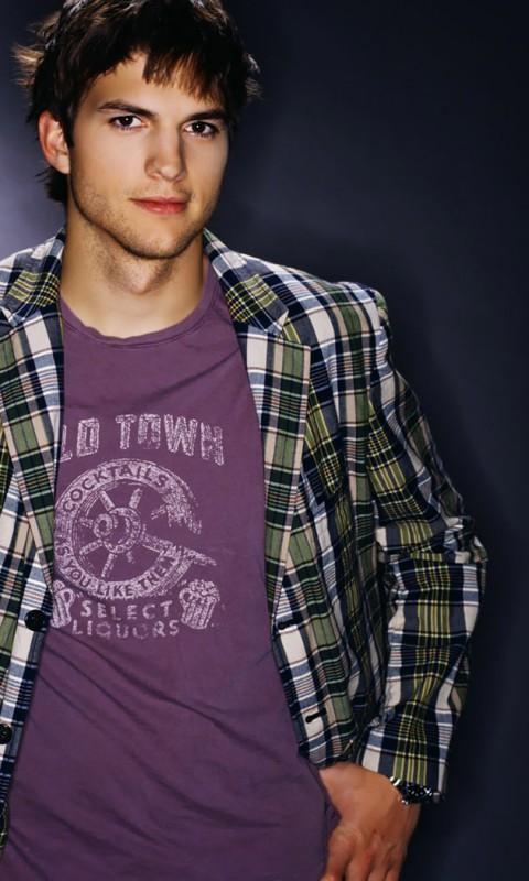 Ashton-Kutcher-01