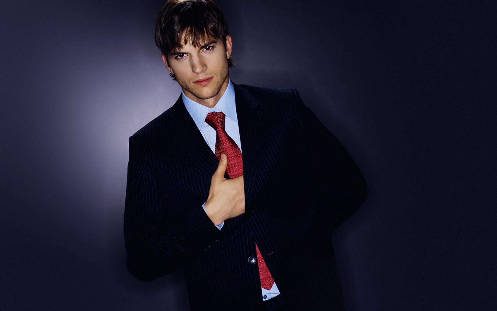 Ashton-Kutcher-02