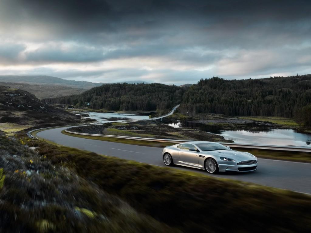 Aston-Martin-2008-DBS