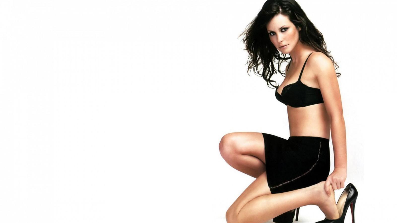 Evangeline-Lilly-Pozadia-na-plochu-The-Lost