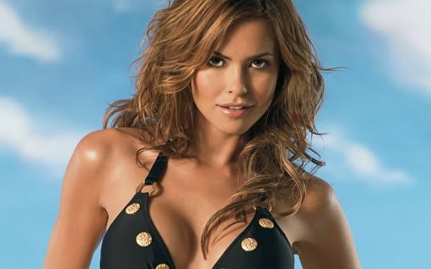 Fernanda-Mello-Sexi-Pozadia-na-plochu
