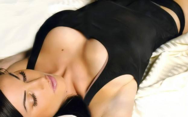 Frederica-Ridolfi-Pozadia-na-plochu
