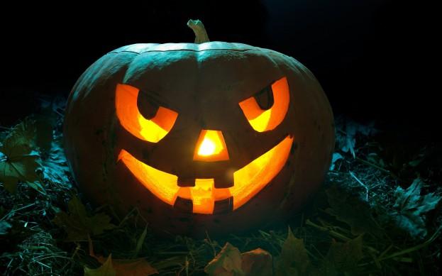 Halloween-Pumpkin-2560x1600-dusicky-obrazky-na-plochu-dyna