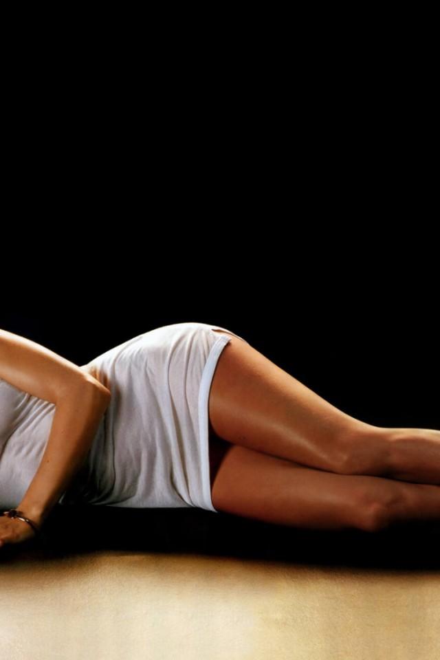 Hilary-Swank-02-Pozadia-na-plochu