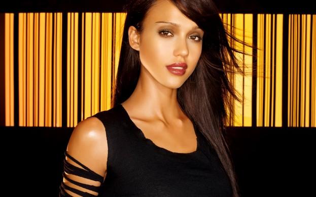 Jessica-Alba-02-Pozadia-na-plochu