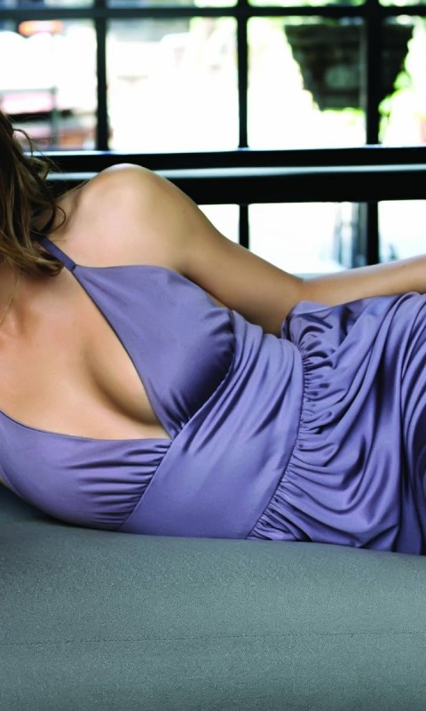 Jessica-Biel-02-Pozadia-na-plochu