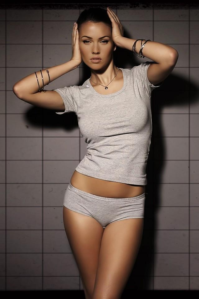 Megan-Fox-04