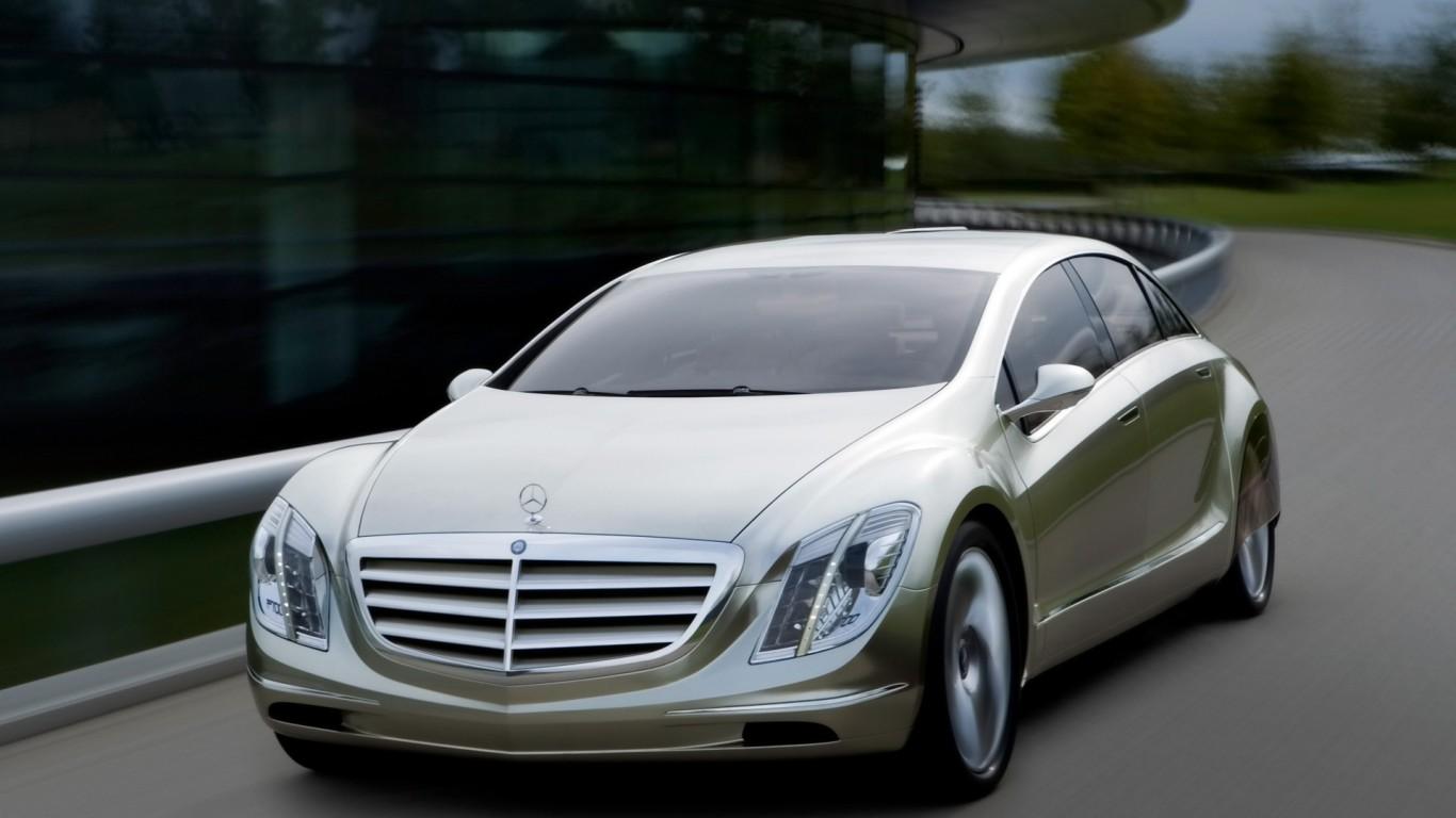 Mercedes-Benz-F