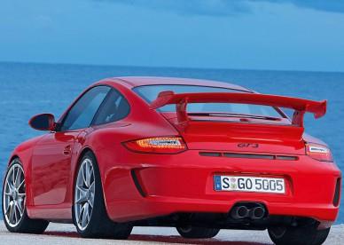 Porsche-911-GT3-Pozadia-na-plochu
