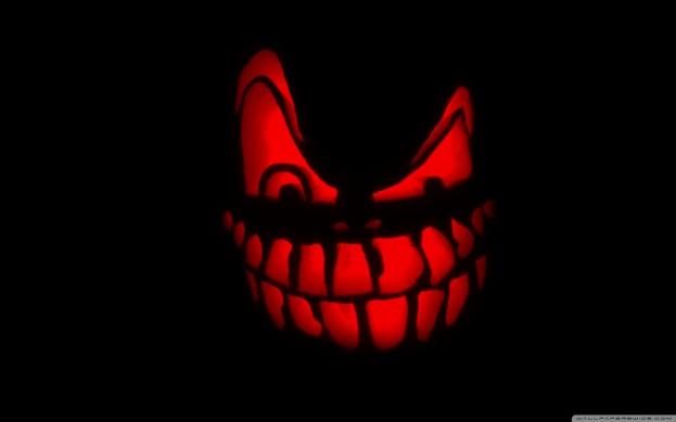spooky_halloween-wallpaper-2560x1600-dusicky-obrazky-na-plochu